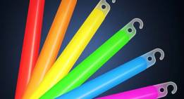 Cool Things to Do With Glow Sticks: Add Them To Your Survival Kit!
